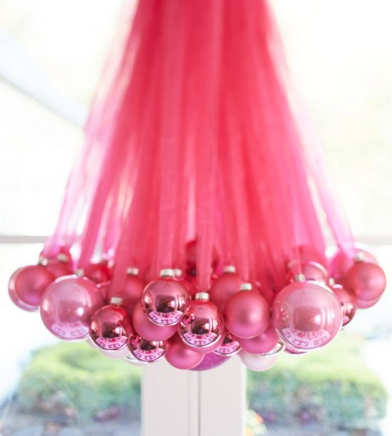 Christmas-Ornament-Chandelier-550x612
