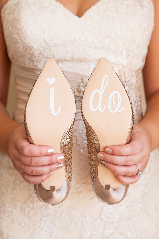 DIY-wedding-shoe-stickers-steps_0011