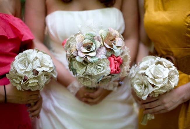 Paper-Flower-Wedding-Bouquets-7